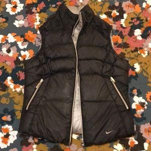 Black Nike Reversible Puffy Vest - XS